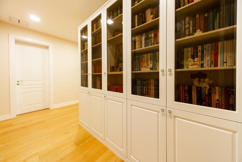 Книжный шкаф-библиотека Белый Премиум