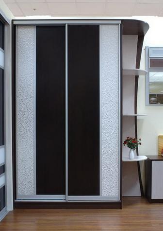 Шкаф-купе 2-х створчатый Венге с искусственной кожей