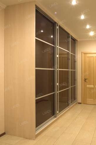 Шкаф-купе 3-х створчатый Бежевый тонированные стекла
