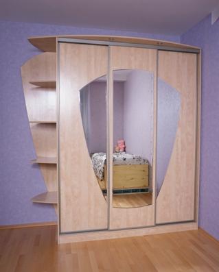 Шкаф-купе 3-х створчатый Клен сахарный шампань с зеркалами