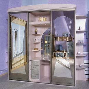 Шкаф-купе 3-х створчатый Млечный Дуб с карнизом комбинированные зеркала