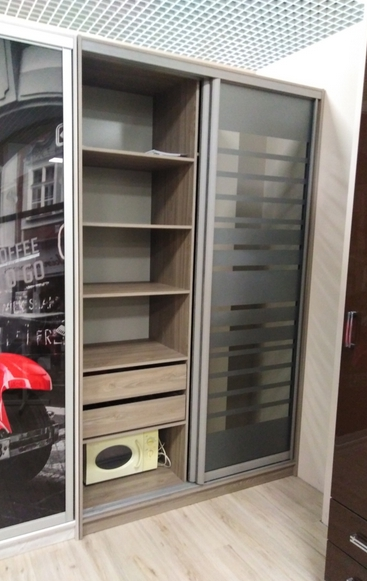 шкаф-купе вяз серо-бежевый