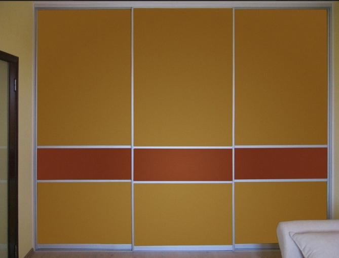 Встроенный шкаф-купе 3-х створчатый Оранжевый с делителями