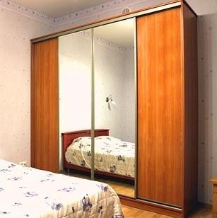 Шкаф-купе 4-х створчатый Вишня Оксфорд с зеркалами