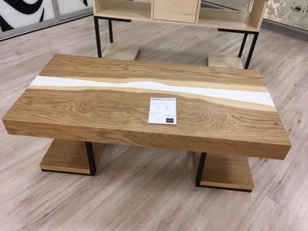 Журнальный стол река с эпоксидной смолой