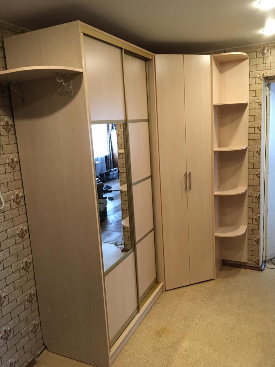 Угловой шкаф с распашными дверьми 2412х1019х1019х605х605 мм