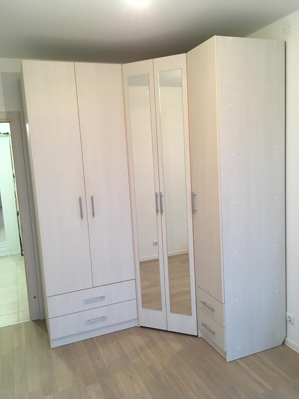 Угловой шкаф с распашными дверьми 2412х819х1019х605х405 мм