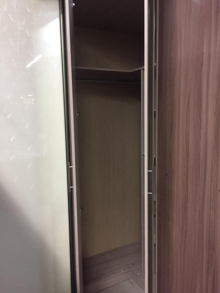 Шкаф угловой с распашными дверями шимо светлый