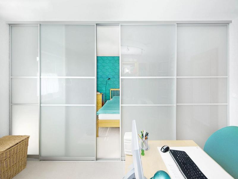 Белые двери-купе 4 створки стекло