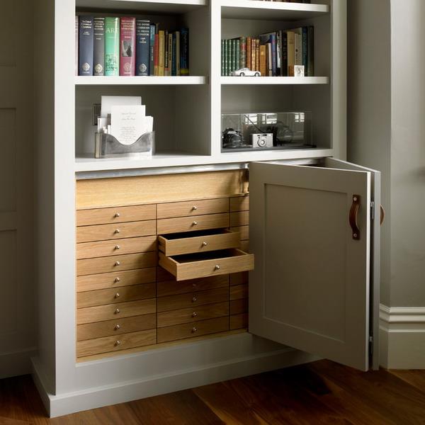 шкаф со складными дверями