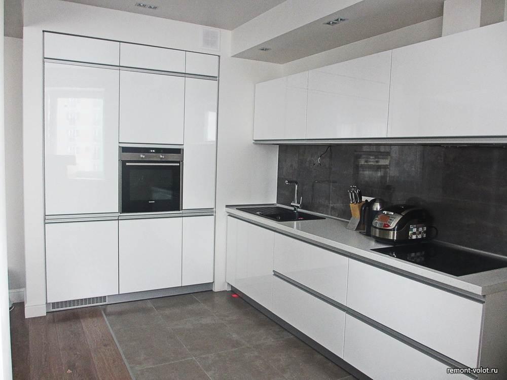 Белая кухня без фурнитуры