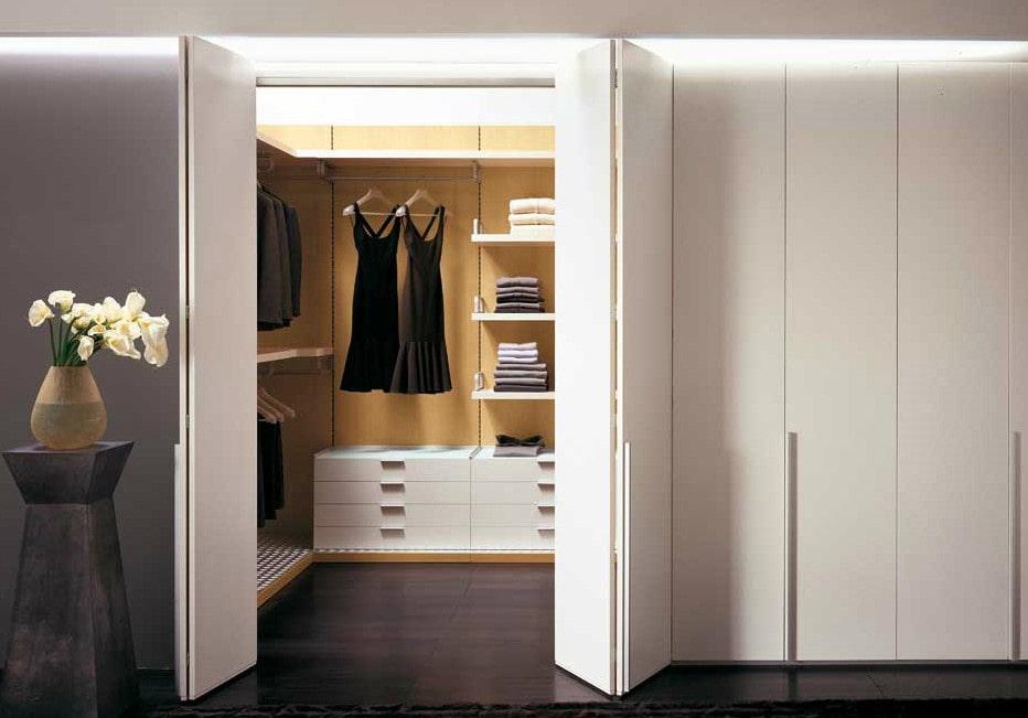 Как правильно выбрать шкаф-гармошку