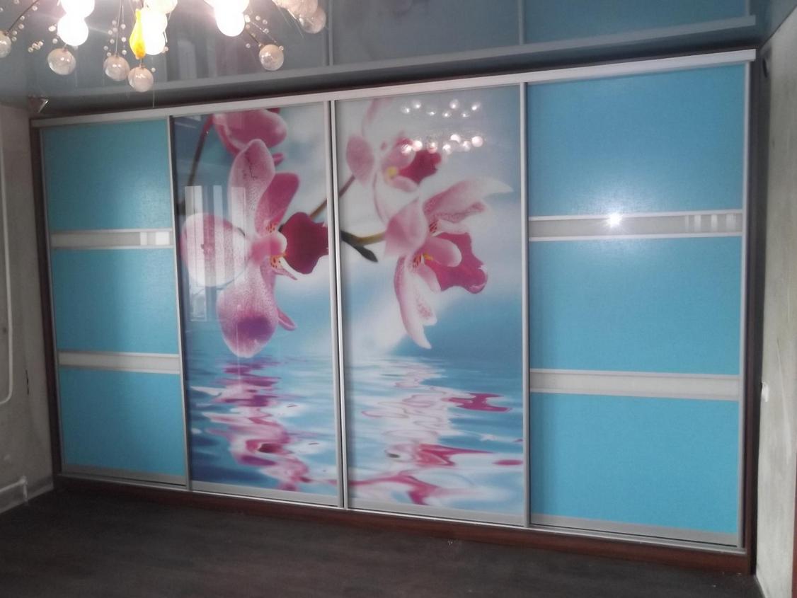 Шкаф-купе в детскую 4 двери Голубой розовые орхидеи