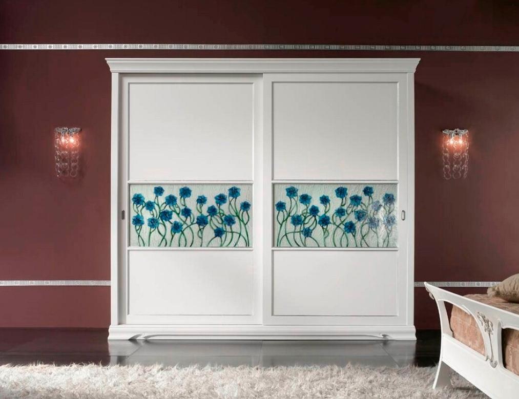 Шкаф-купе 2 двери из массива дуба Белый синие цветы