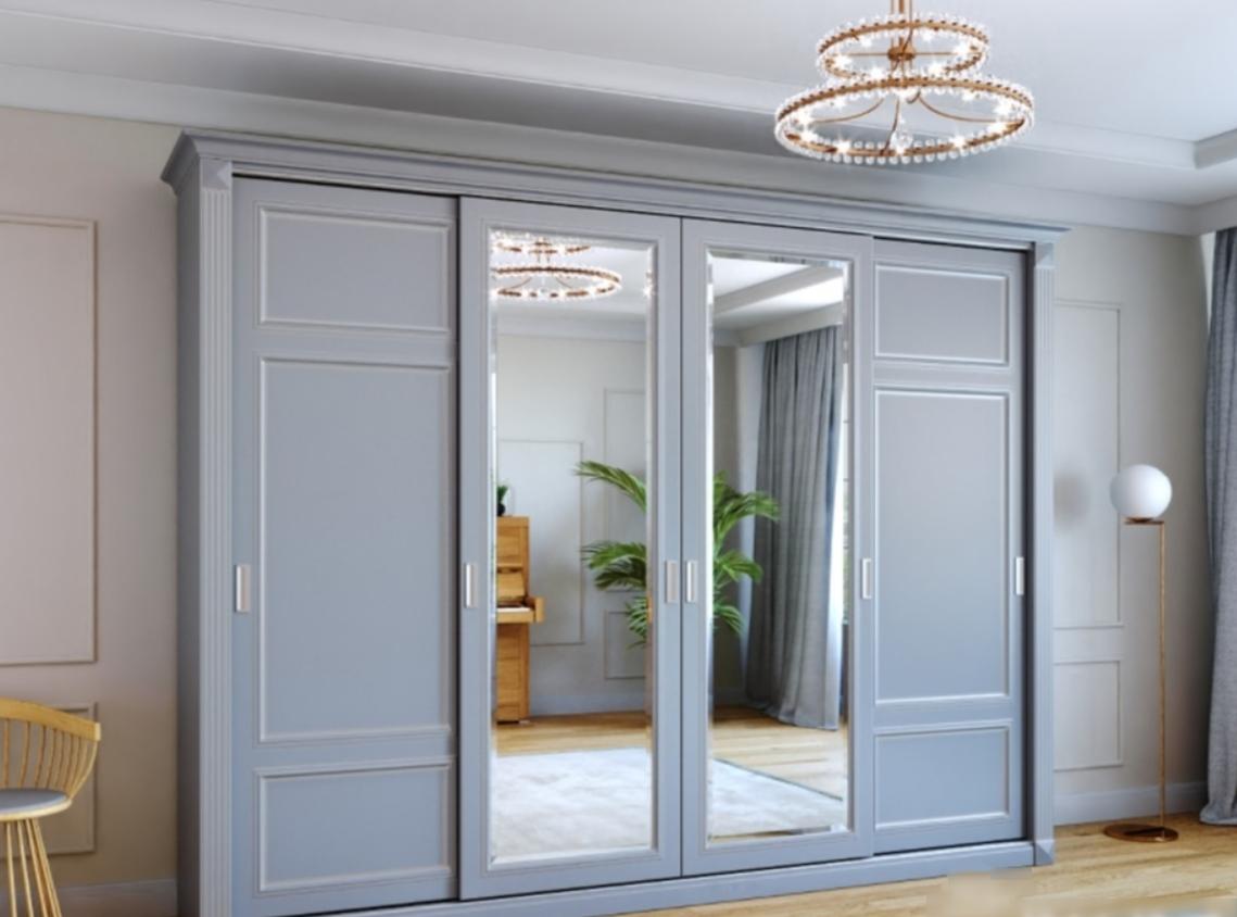Шкаф-купе 3 двери из массива дуба Серый Классика с зеркалами